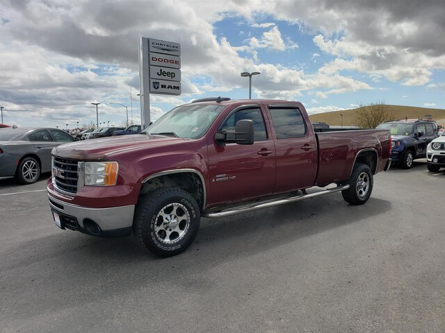 Pre-Owned 2009 GMC Sierra 2500HD