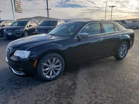 NEW 2019 CHRYSLER 300 LIMITED AWD