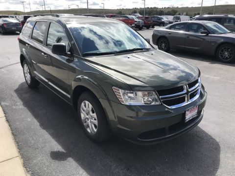 NEW 2018 DODGE JOURNEY SE AWD